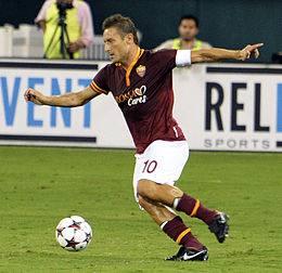 Un soprannome (affettuoso) per Francesco Totti: ER PUPONE (foto Wikimedia Commons)