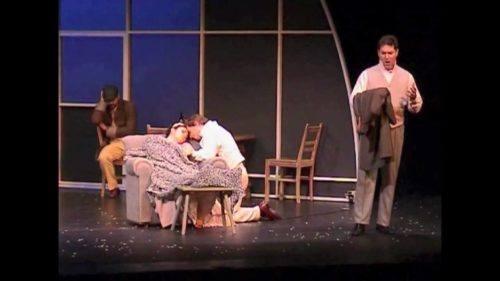 Puccini, Bohème, quadro 4 - Colline decide di vendere la sua vecchia zimarra - youtube.com