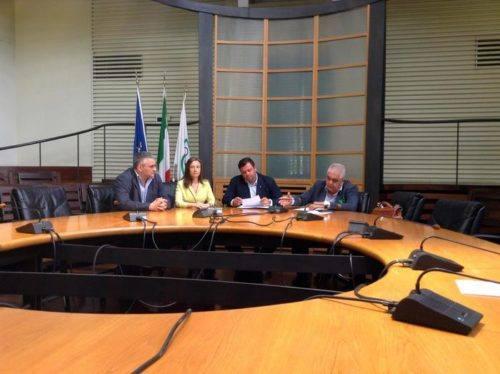 (ANSA) - ANCONA, 27 LUG - Regioni: minoranza Assemblea legislativa.