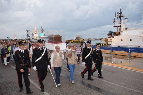 Urna di San Marone ritorna in processione al santuario immagine di repertorio