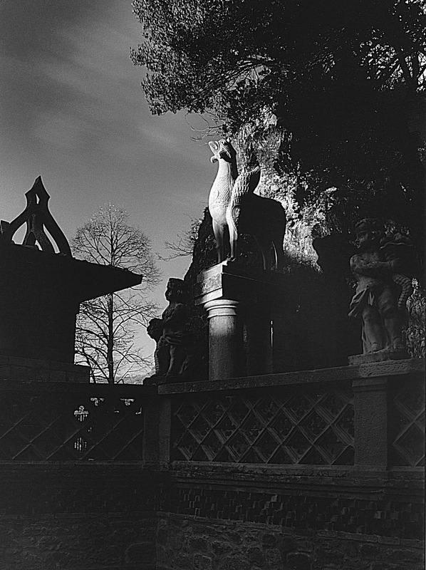 1-14) Statue 2